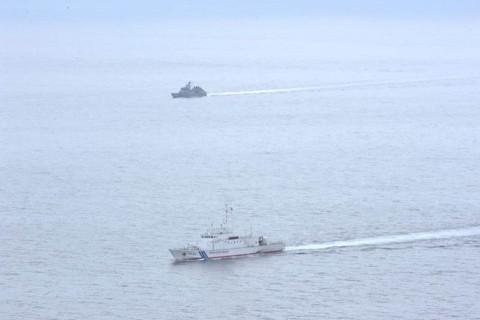 佐世保地方総監部と海上保安庁第七管区との共同訓練の記録6