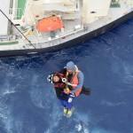 民間商船から患者輸送(海上自衛隊 UH-60J)