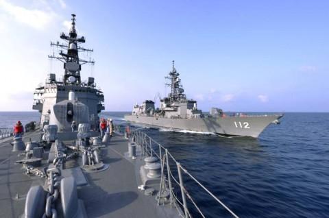 派遣海賊対処行動水上部隊(23次隊) 護衛艦「すずなみ」、「まきなみ」隊員の記録1