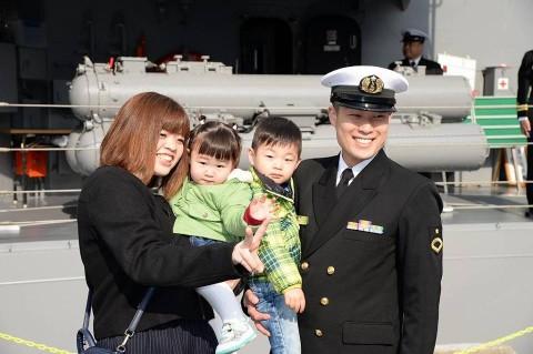 護衛艦「ゆうだち」出国行事 派遣海賊対処行動水上部隊(24次)no1
