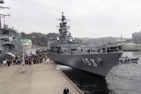 護衛艦「ゆうだち」出国行事 派遣海賊対処行動水上部隊(24次)no4
