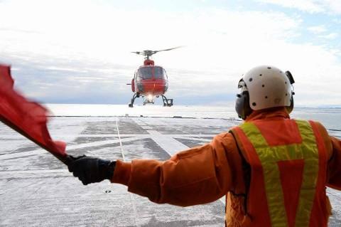 砕氷艦「しらせ」による豪観測隊員等の輸送NO2