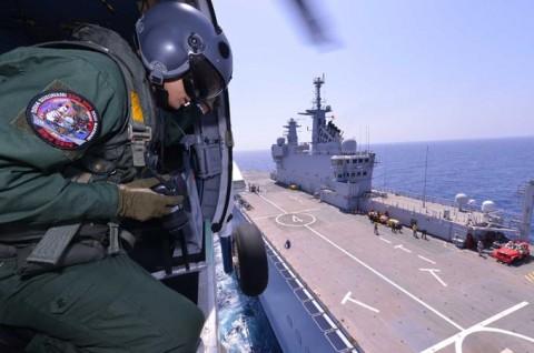 日フランス親善訓練 第23次海賊対処行動水上部隊「すずなみ」4