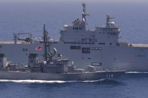 日フランス親善訓練 第23次海賊対処行動水上部隊「すずなみ」7