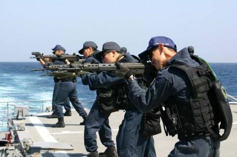 派遣海賊対処行動水上部隊(23次隊) 護衛艦「すずなみ」、「まきなみ」隊員の記録07