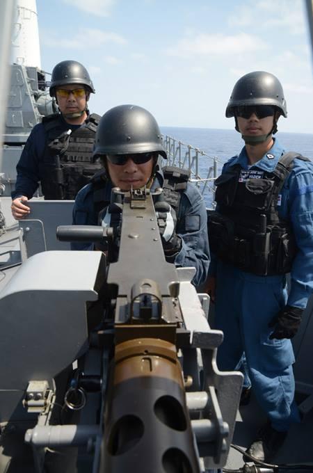 派遣海賊対処行動水上部隊(24次隊) 護衛艦「ゆうだち」・「ゆうぎり」隊員の記録408