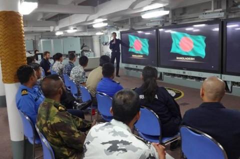 海上自衛隊 護衛艦いせ WPNS2016シップライダー・プログラムNo01