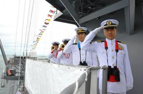 インドネシア海軍国際観艦式に参加 海上自衛隊 護衛艦「いせ」No2