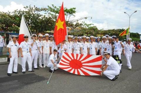 インドネシア海軍国際観艦式に参加 海上自衛隊 護衛艦「いせ」No7