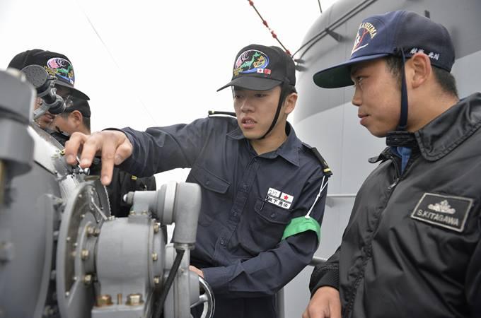 海上自衛隊 一般幹部候補生 近海...
