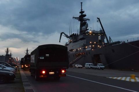 熊本県で発生した地震への災害派遣(輸送艦「しもきた」)No4