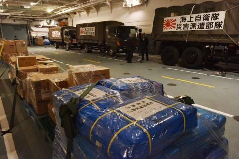 熊本県で発生した地震への災害派遣(輸送艦「しもきた」)No6