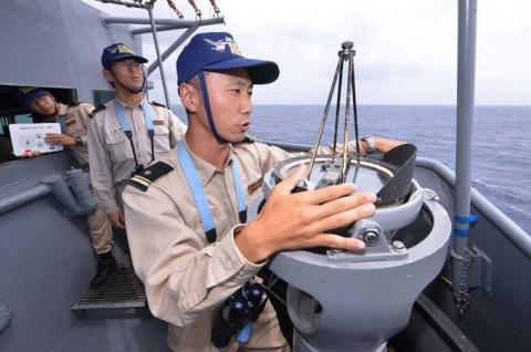 派遣海賊対処行動水上部隊(23次隊) 護衛艦「まきなみ」、「すずなみ」隊員の記録1