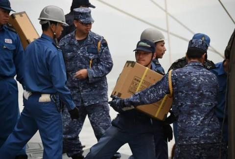 熊本益城町地震への災害派遣(輸送艦「おおすみ」)No1