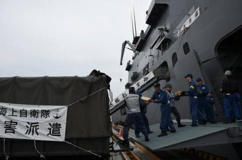 熊本益城町で発生した地震への災害派遣(輸送艦「おおすみ」No4