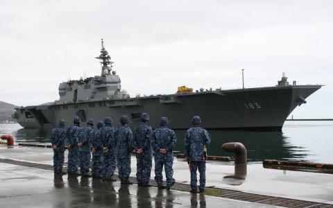 熊本地震への災害派遣(護衛艦「いずも」小樽港)1