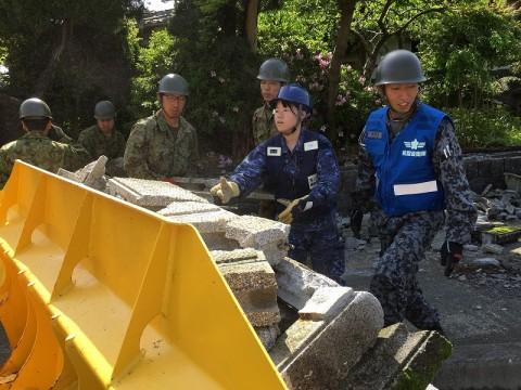 熊本地震への災害派遣(機動施設隊(八戸))08
