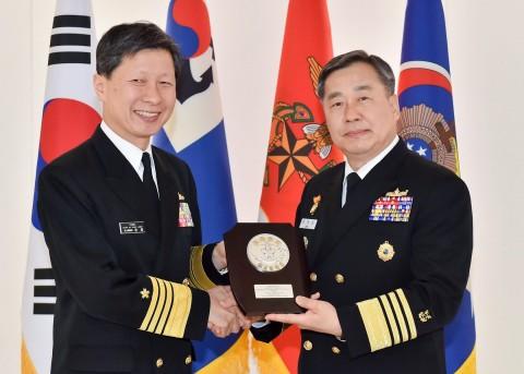 海上幕僚長 大韓民国海軍訪問6
