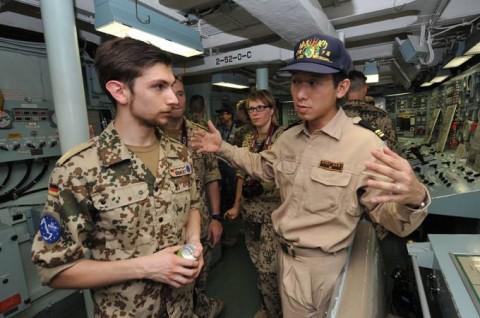 防衛省 海上自衛隊 派遣海賊対処行動水上部隊(24次隊) 記録5no08