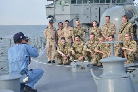 防衛省 海上自衛隊 派遣海賊対処行動水上部隊(24次隊) 記録5no09