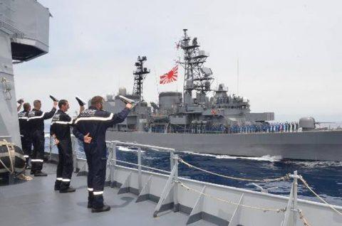 防衛省 海上自衛隊 フランス海軍との親善訓練 護衛艦うみぎりno4