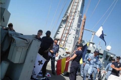 海上自衛隊 イギリス海軍との親善訓練No3