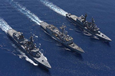 ソマリア ジプチ派遣海賊対処行動水上部隊(24次隊)ゆうだち11no08