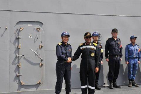 海上自衛隊 インド海軍との親善訓練 護衛艦「ひゅうが」写真no2