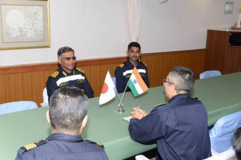 海上自衛隊 インド海軍との親善訓練 護衛艦「ひゅうが」写真no3