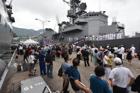 派遣海賊対処行動水上部隊(25次隊)出港行事・護衛艦「いなづま」No01