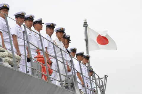 派遣海賊対処行動水上部隊(25次隊)出港行事・護衛艦「いなづま」No08