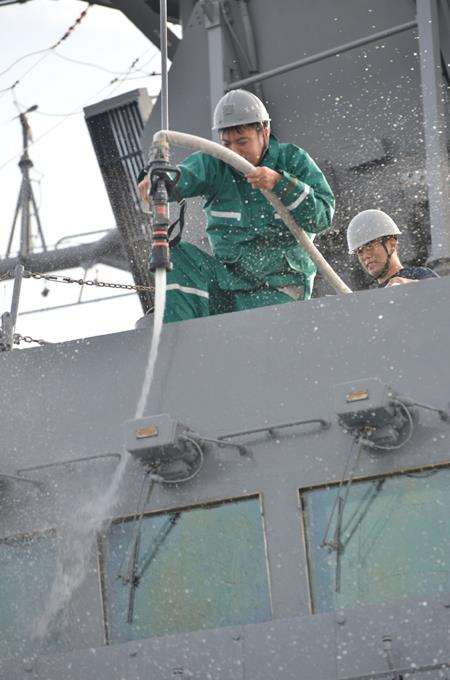 海自派遣海賊対処行動水上部隊(25次隊)いなづまの様子レポート4No6