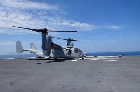 海上自衛隊 米海兵隊MV-22(オスプレイ) いずも発着艦訓練No8
