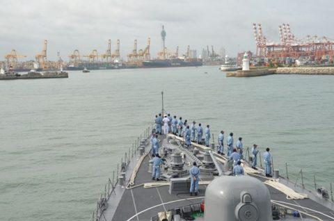 海上自衛隊ソマリア沖・アデン湾海賊対処行動水上部隊(25次隊)いなづま5No2