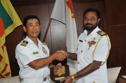 海上自衛隊ソマリア沖・アデン湾海賊対処行動水上部隊(25次隊)いなづま5No6