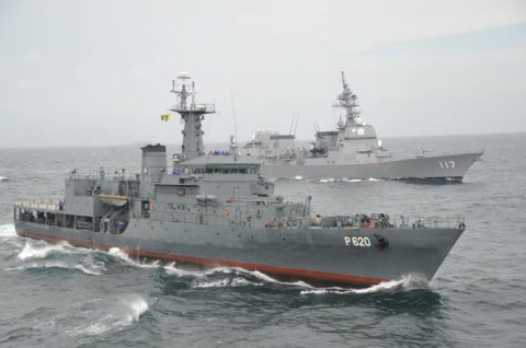 海上自衛隊ソマリア沖・アデン湾海賊対処行動水上部隊(25次隊)いなづま5No8