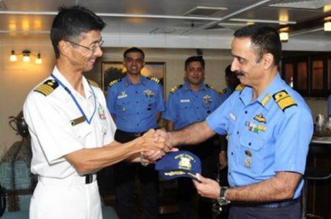 24次海賊対処行動水上部隊23インド海軍との親善訓練No2