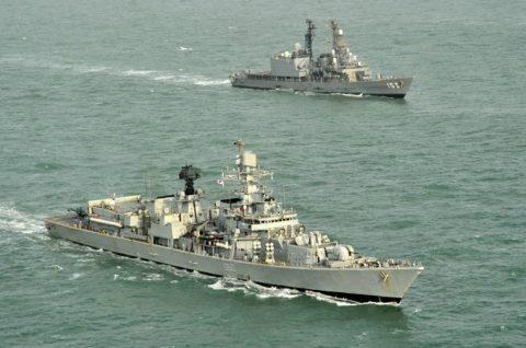 24次海賊対処行動水上部隊24 ゆうだち・ゆうぎりとインド海軍No01