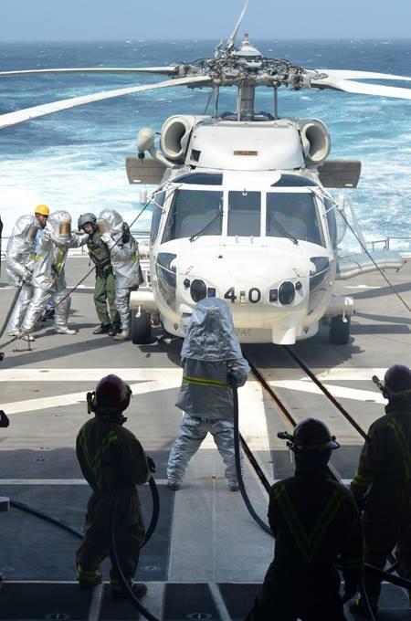 24次海賊対処行動水上部隊24 ゆうだち・ゆうぎりとインド海軍No06