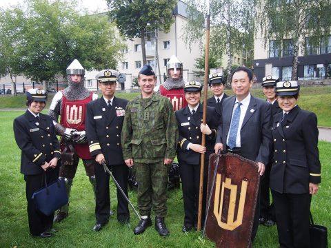 在リトアニア日本国大使館Facebookに練習艦隊寄港の記録が紹介No33