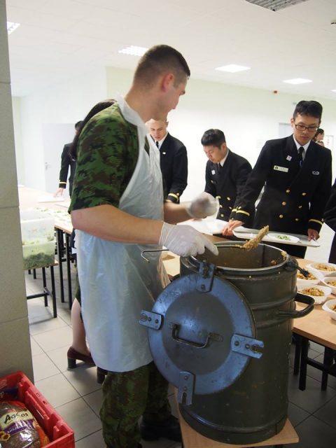 在リトアニア日本国大使館Facebookに練習艦隊寄港の記録が紹介No39