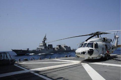 派遣海賊対処行動水上部隊(25次隊)11 SH60K~艦上体育No1