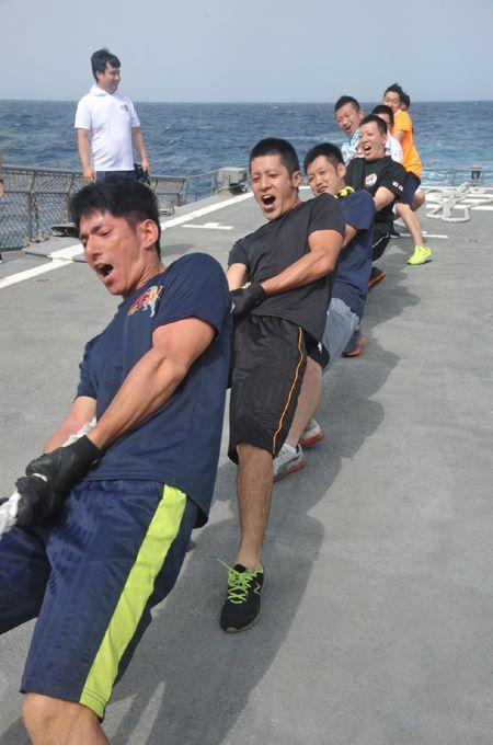 派遣海賊対処行動水上部隊(25次隊)11 SH60K~艦上体育No6