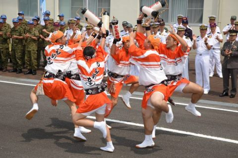 徳島教育航空群(徳島航空基地)「かもめ連」の阿波踊り出陣式と施設慰問4