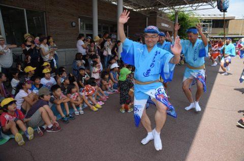 徳島教育航空群(徳島航空基地)「かもめ連」の阿波踊り出陣式と施設慰問6
