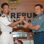 24次海賊対処行動水上部隊25 インドネシアのジャカルタに入港