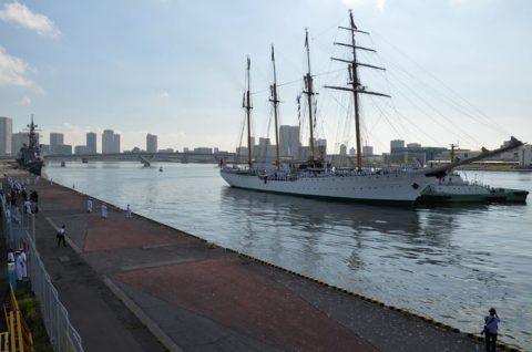 チリ共和国海軍練習帆船「エスメラルダ」晴海ふ頭入港時の様子No2