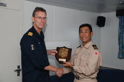 防衛省 海賊対処法 水上部隊(25次隊)12 オランダ海軍No1