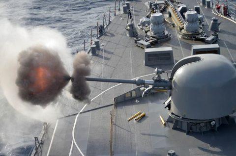 防衛省海上自衛隊 海賊対処水上部隊(24次隊)26ゆうだち・ゆうぎりNo1