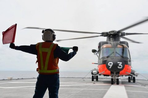 海上自衛隊 砕氷艦しらせ 境港市の一般公開 写真(南極観測船)5